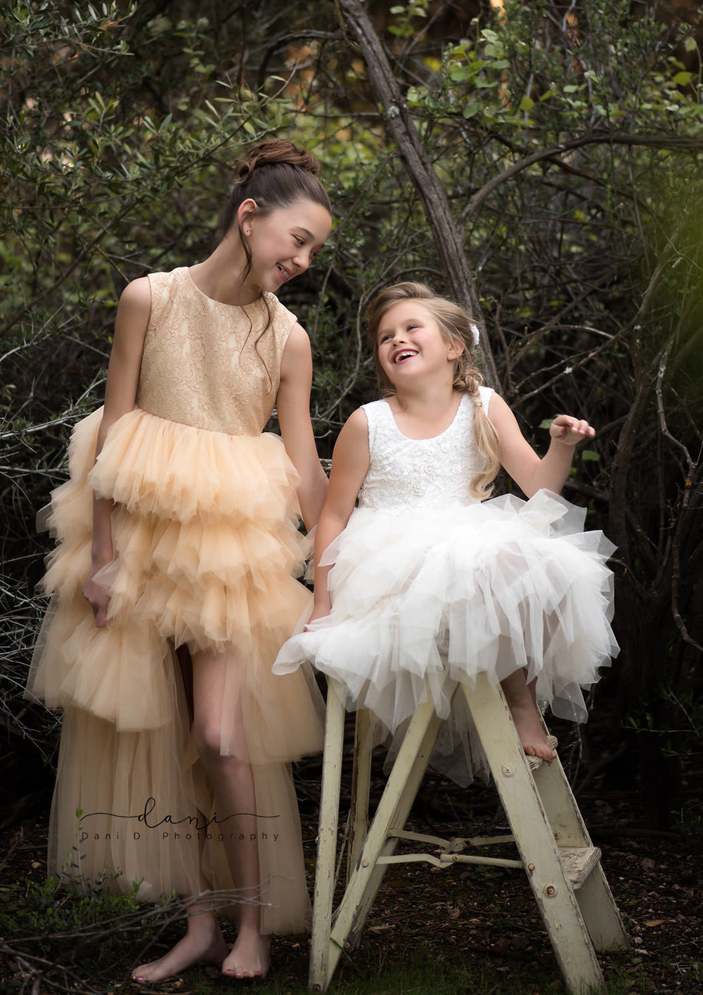Models Isabella and Katiana Upton - Northern California child and family photographer
