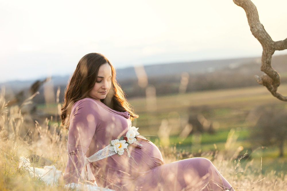 Redding CA maternity pictures 09.jpg