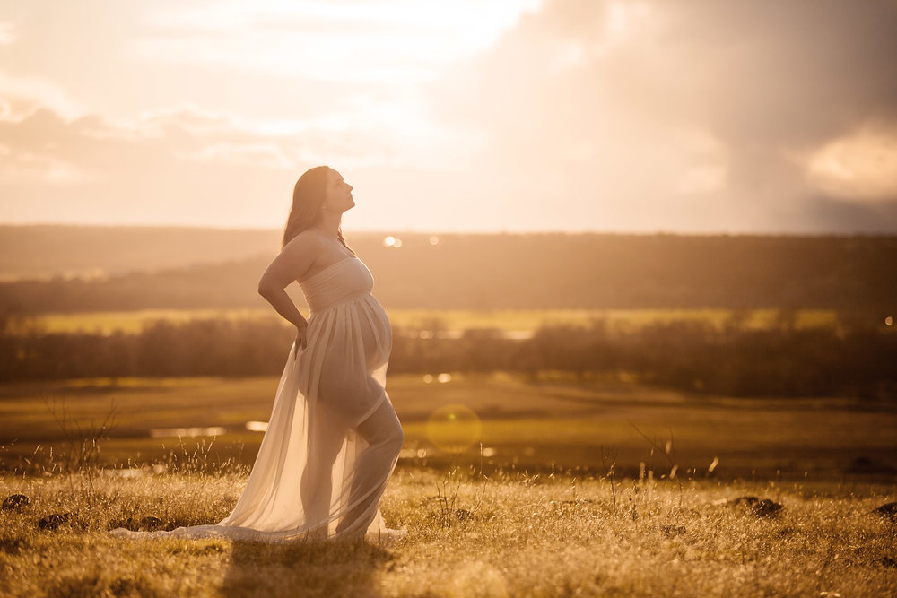 Sunset outdoor pregnancy photo Redding CA maternity pictures 14.jpg