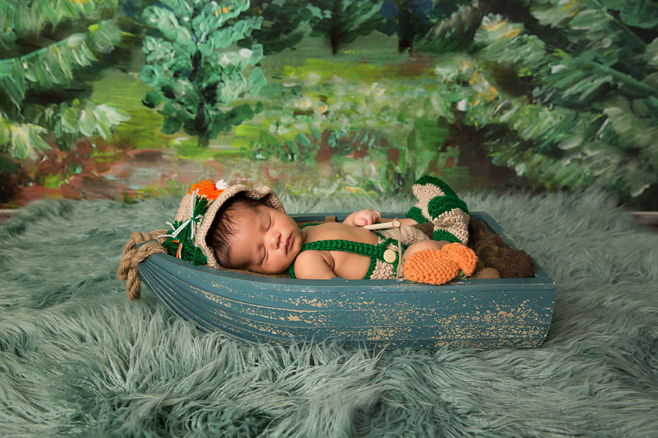 Newborn Photographer Redding CA 38.jpg