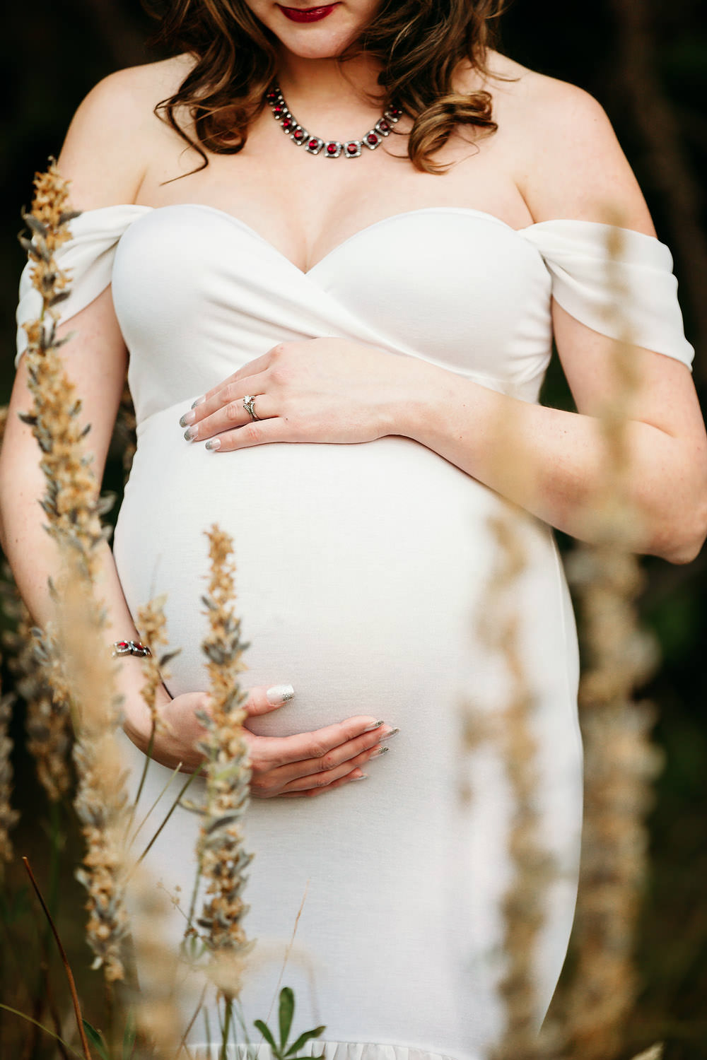 Redding CA maternity photos 11.jpg