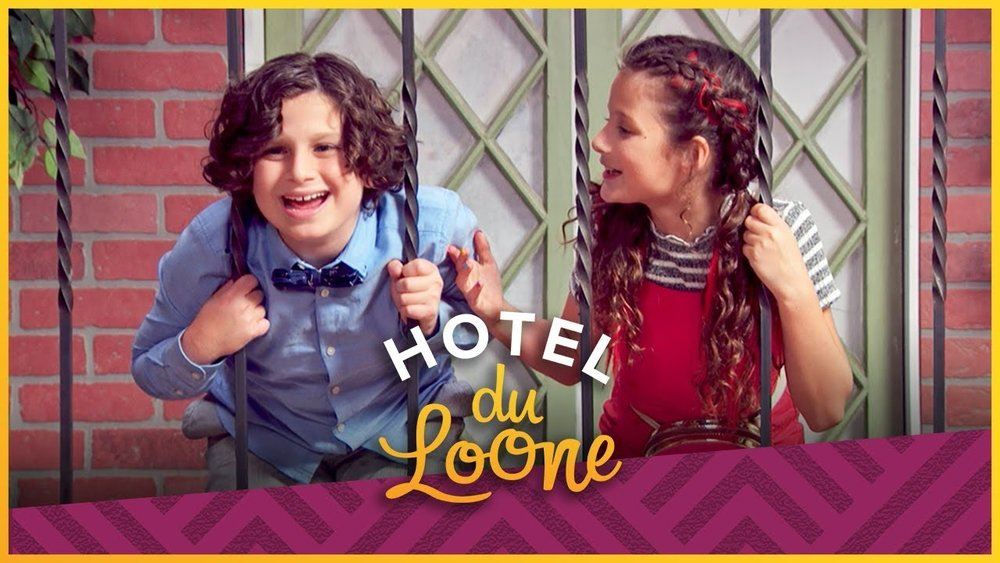 Hotel du Loone - Season 1 -Starring Hayley LeBlancJazzy and her dad are the newest residents of a wacky and wondrous hotel.