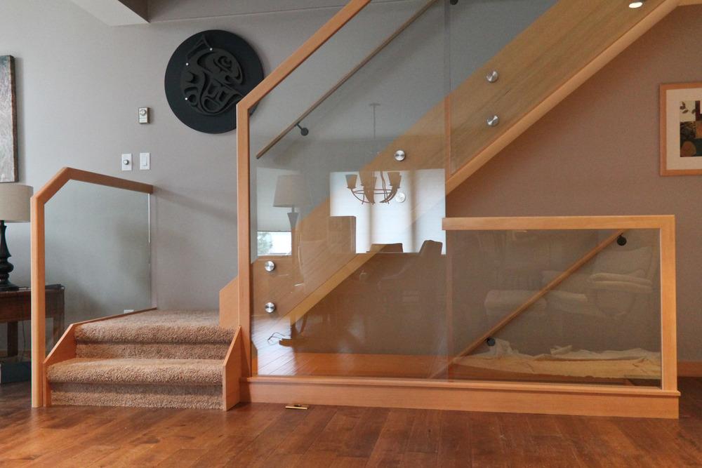 Gondola way-handrail-1.jpg