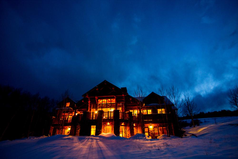 mountain-lodge-at-shadow-creek-ranch-silverthorne-colroado