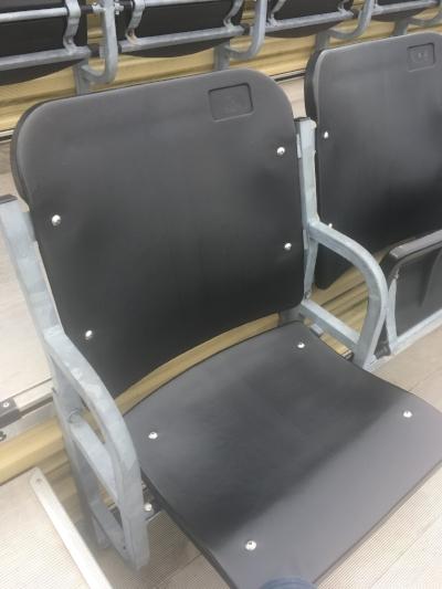 black seat (1).jpg
