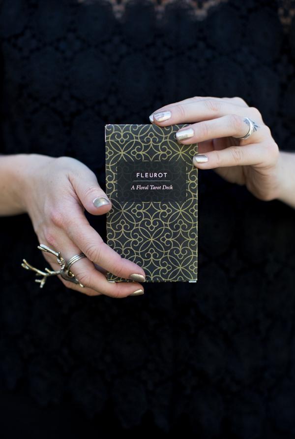 Fleurot, A Floral Tarot Deck