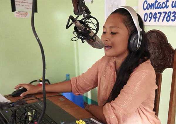 Jessa Cabonegro joined the Radyo Bakdaw team after Internews set up the station to broadcast humanitarian information to affected people. (credit: Internews)