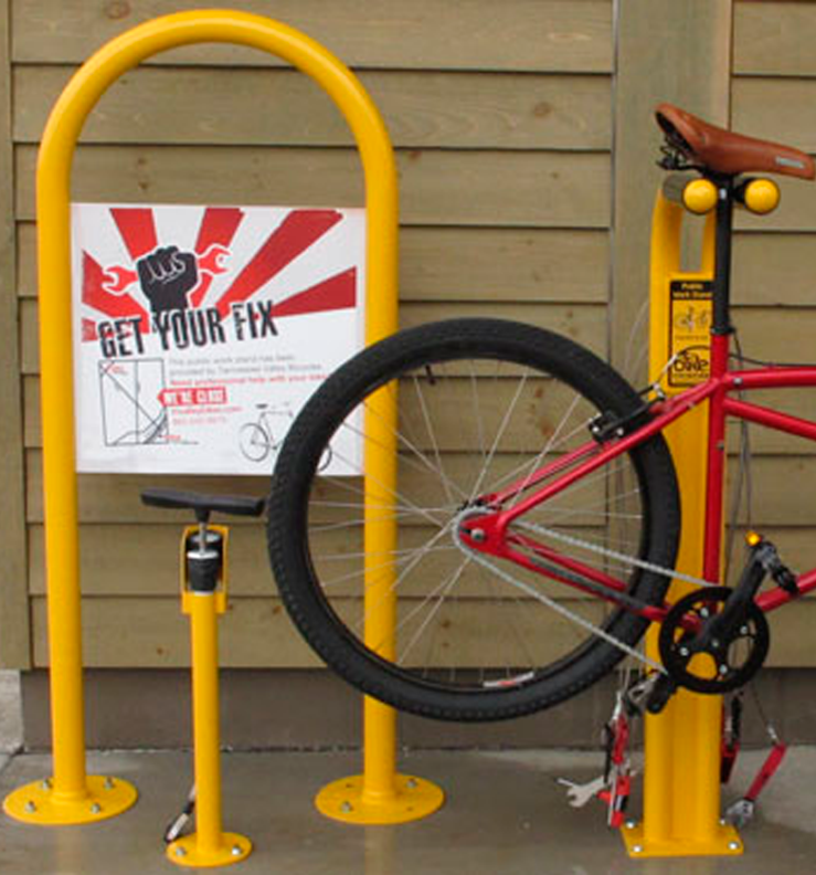 Huntco_Fixtation_Public_Workstand-Hoop-Sign.png