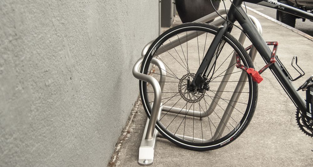 Huntco_Marquam_Bikerack_Sideview.png