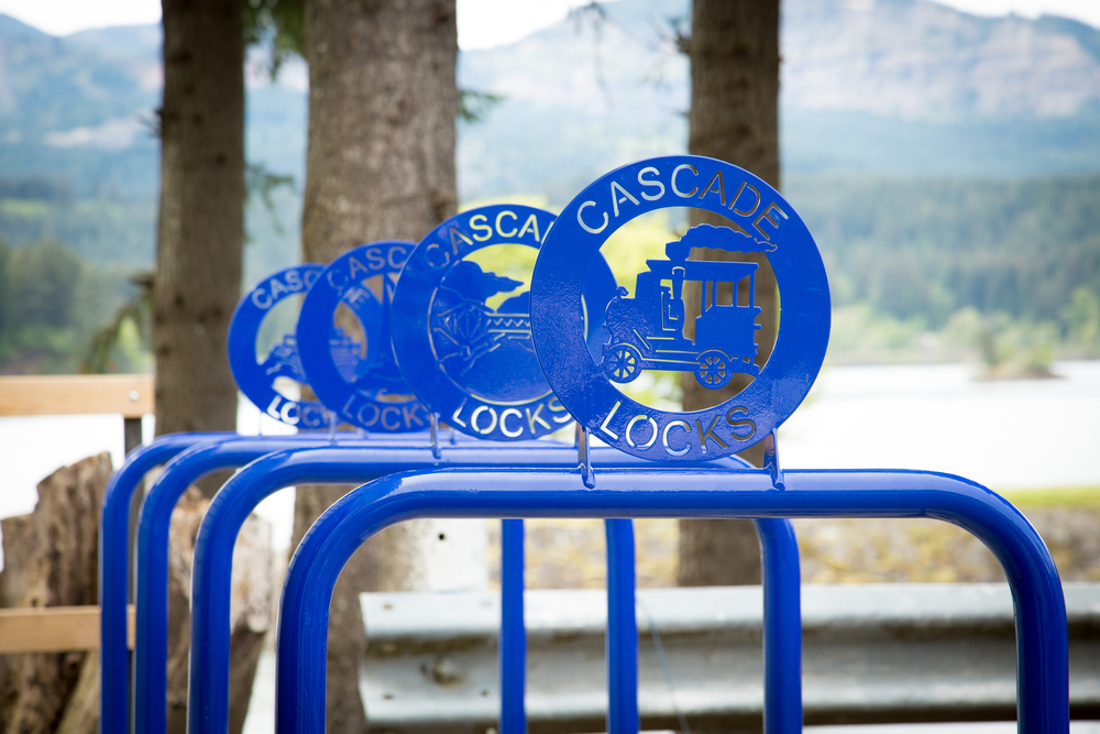 Huntco_Cascade_Locks_Bikeracks.jpg