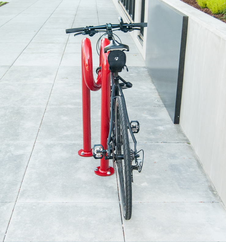 Huntco_Corkscrew_Bikerack_bike_straight.png