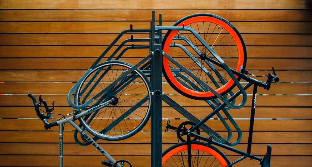 Huntco_Hawthorne_Double_Bikerack_Side.png