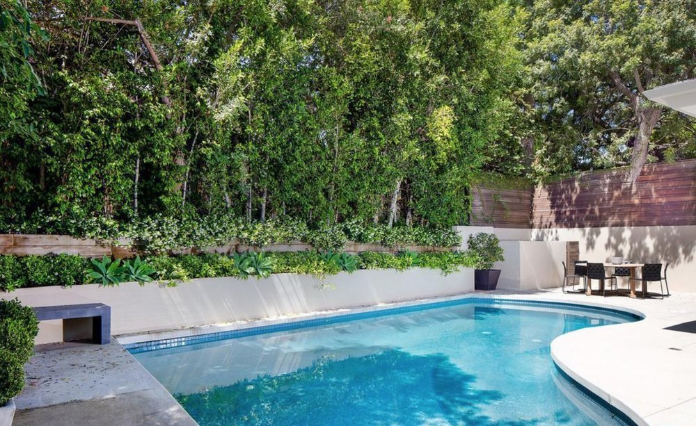 posh-pied-terre-1129-angelo-dr-beverly-hills-ca-90210-6.jpeg