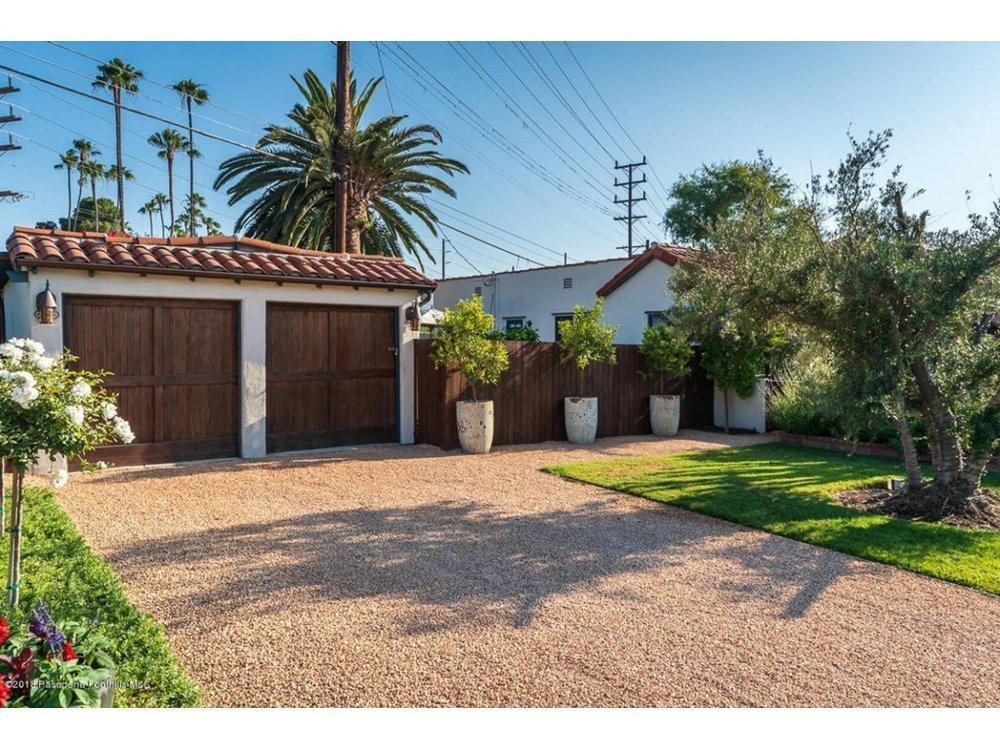 Splendid-Spanish-Oasis-650-Burchett-Street-Glendale-CA-91202-15.jpg