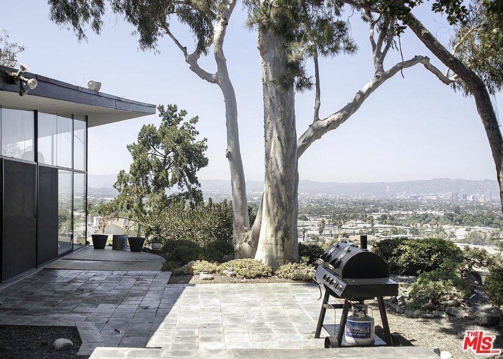 Incredible Ray Kappe Mid-Century Modern - 4245 Don Alanis Pl Los Angeles CA 90008-14.jpg