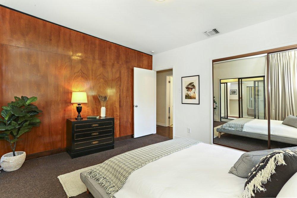 Stunning Mid-Century Hideaway - 875 Terrace 49 Los Angeles, CA 90042-17.jpg