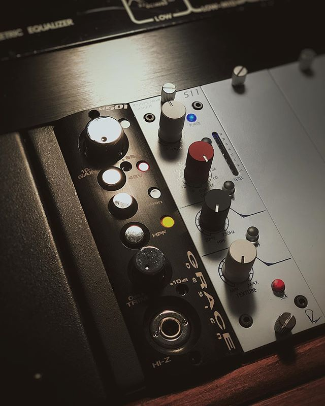 The pre-amp chain continues... * The @gracedesignproaudio m501 for complete transparency * The @rupert_neve 511 for anything that needs to sound freaking good (Everything) All housed up in the Neve R6. Things are feeling good here. • • • #producer #studio #preamp #studiolife #gearporn #microphone #mystudio #studios #music #vocals #hashtagsareweird