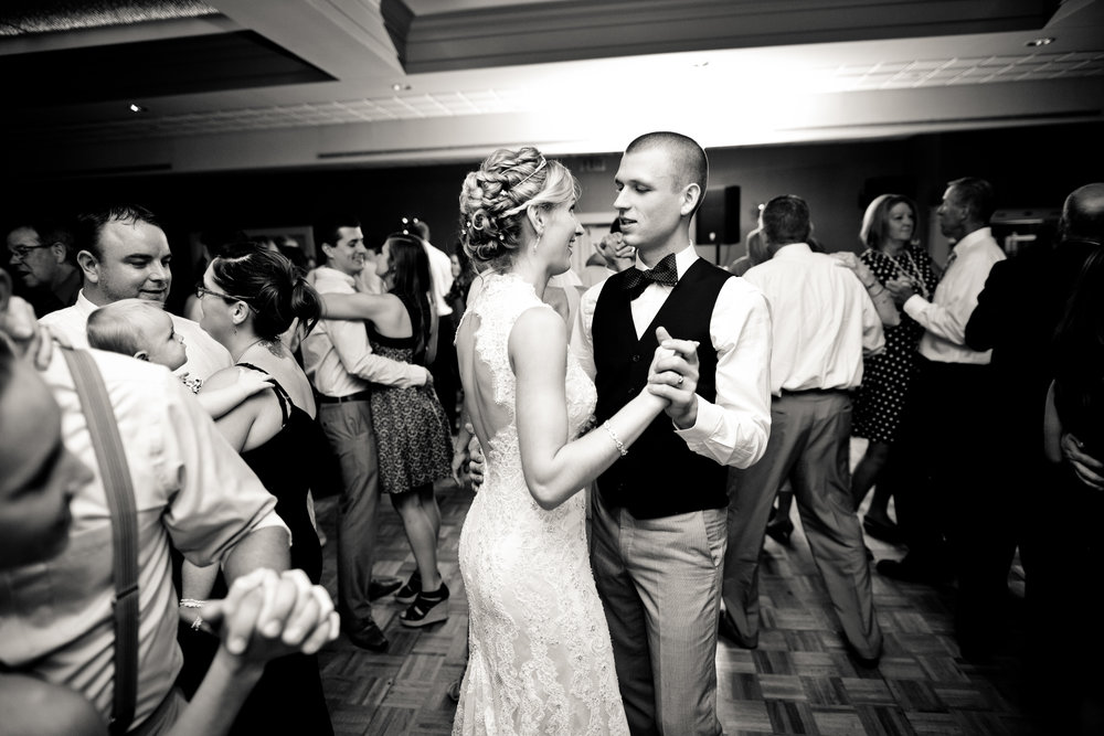 Bridal Party -215.jpg