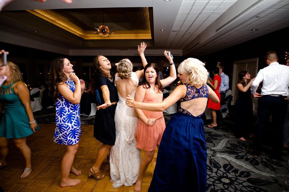 Bridal Party -216.jpg