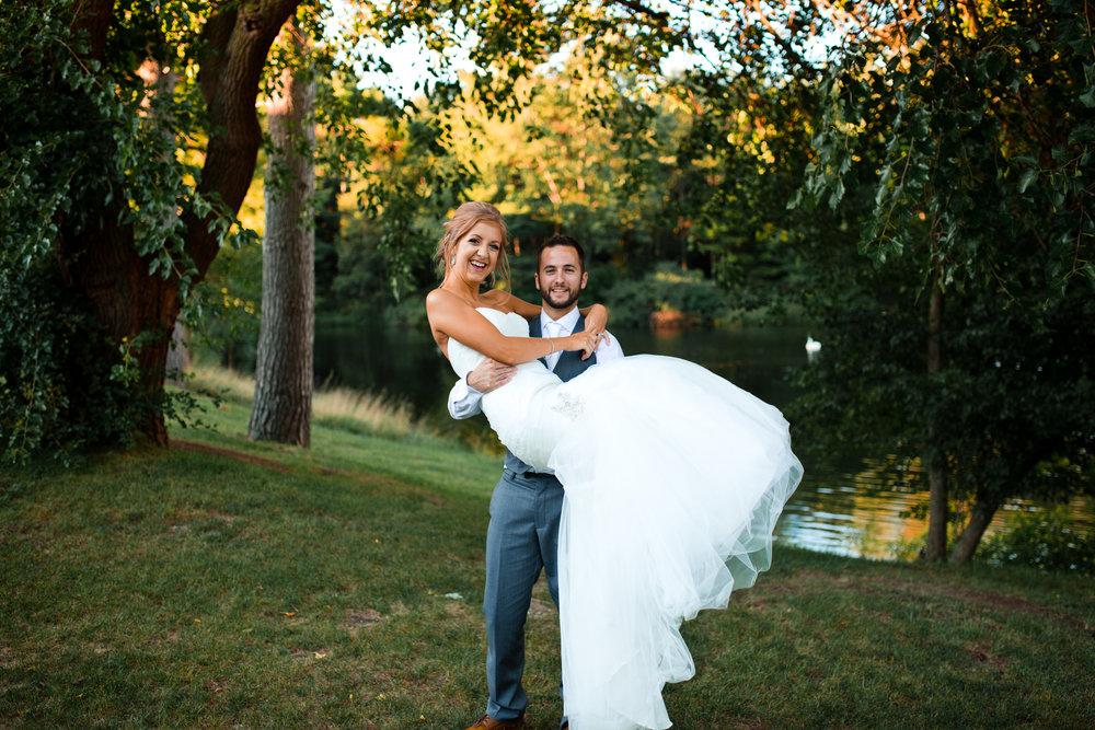 Bride and Groom -204.jpg