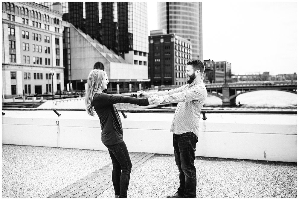lindybethphotography_engagement_laurenluke_0041.jpg