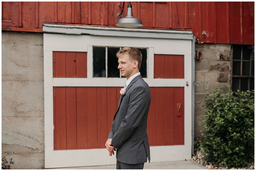 lindybeth photography - persenaire wedding - the old wooden barn-32.jpg