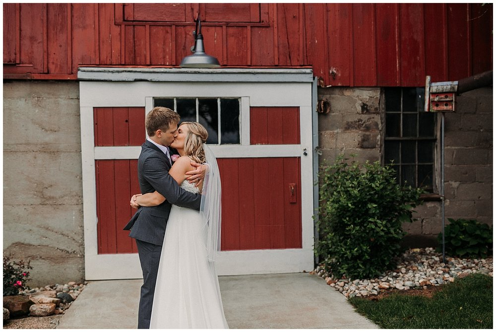 lindybeth photography - persenaire wedding - the old wooden barn-40.jpg