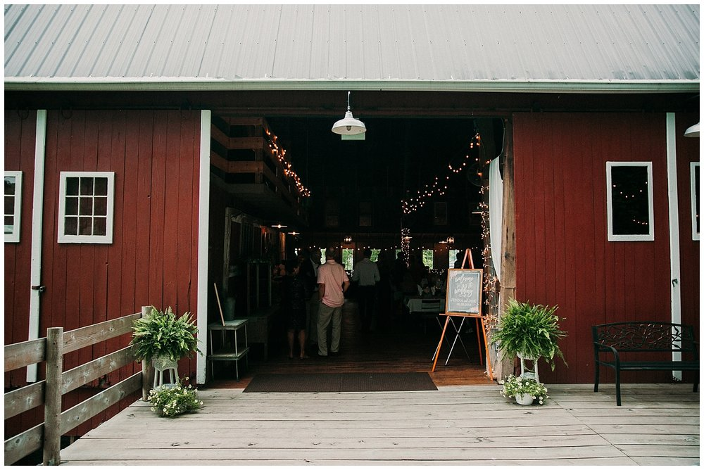 lindybeth photography - persenaire wedding - the old wooden barn-195.jpg