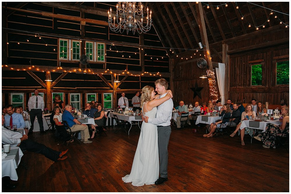 lindybeth photography - persenaire wedding - the old wooden barn-217.jpg