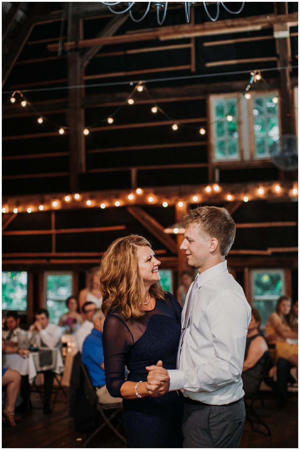 lindybeth photography - persenaire wedding - the old wooden barn-225.jpg