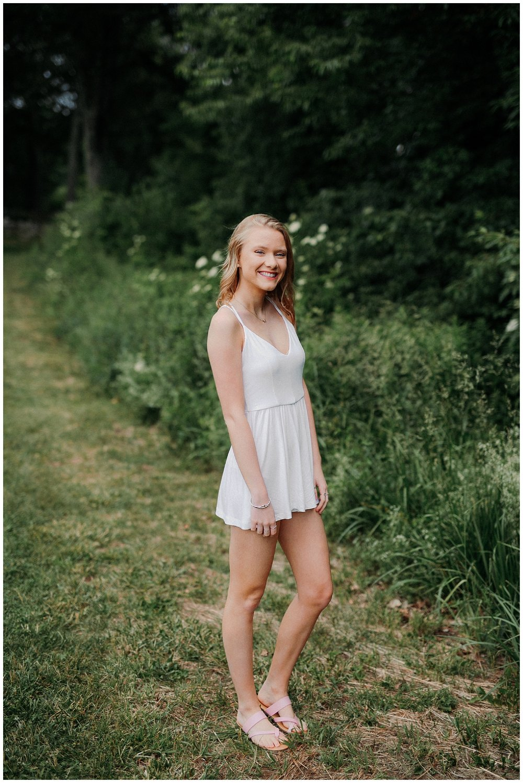 lindybeth photography - senior pictures - meghan-5.jpg