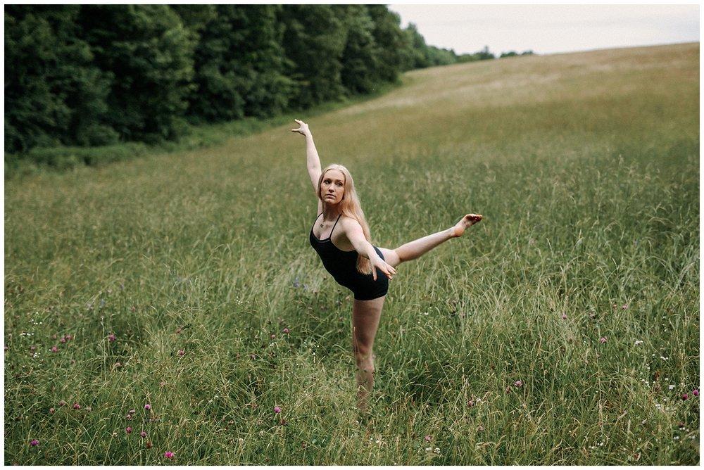 lindybeth photography - senior pictures - amanda-180.jpg