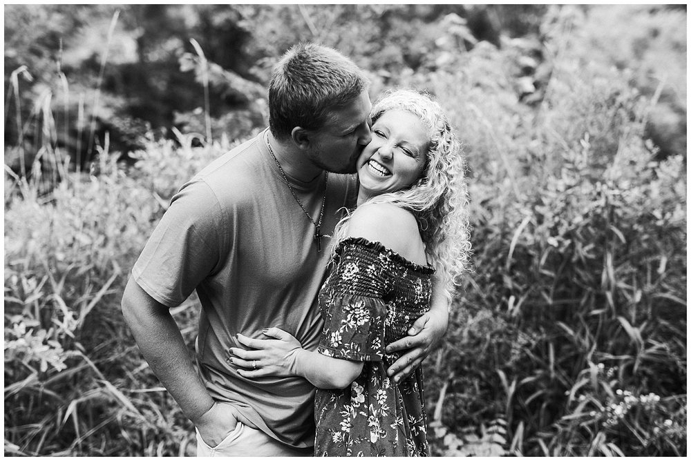 lindybeth photography - engagement pictures - nikki dayton-14.jpg