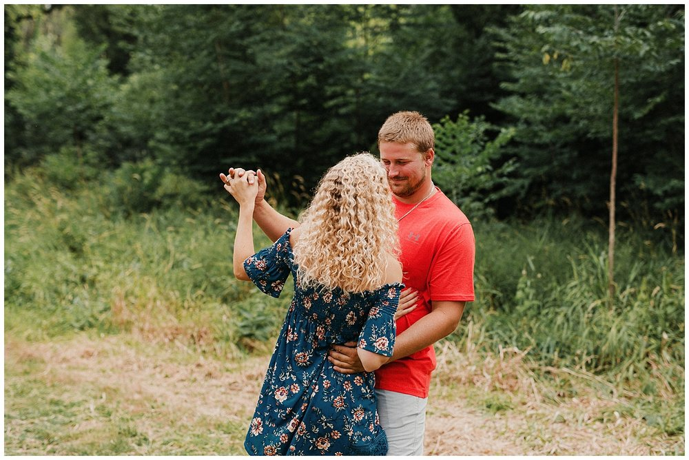 lindybeth photography - engagement pictures - nikki dayton-25.jpg