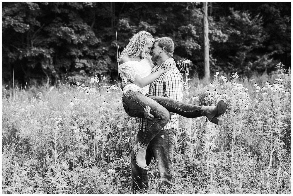 lindybeth photography - engagement pictures - nikki dayton-136.jpg