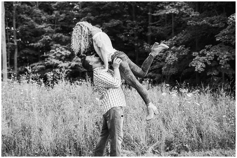 lindybeth photography - engagement pictures - nikki dayton-203.jpg