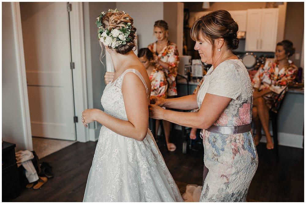 lindybeth photography - sievers wedding - hope college - boatwerks - blog-24.jpg