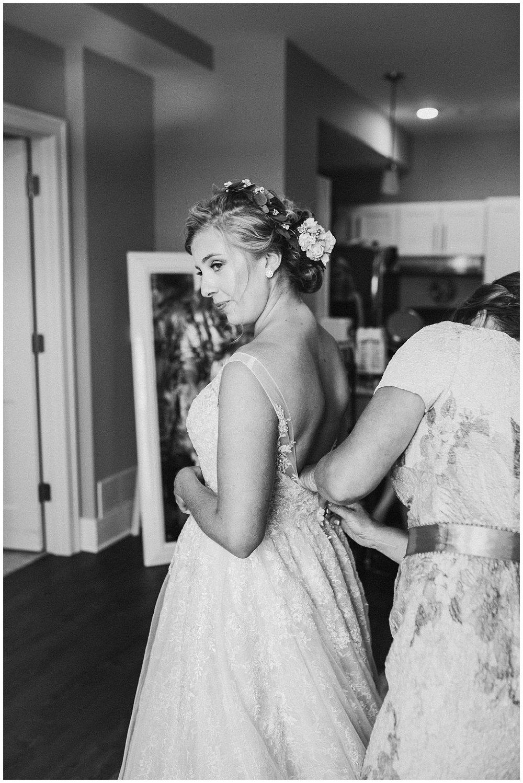 lindybeth photography - sievers wedding - hope college - boatwerks - blog-26.jpg