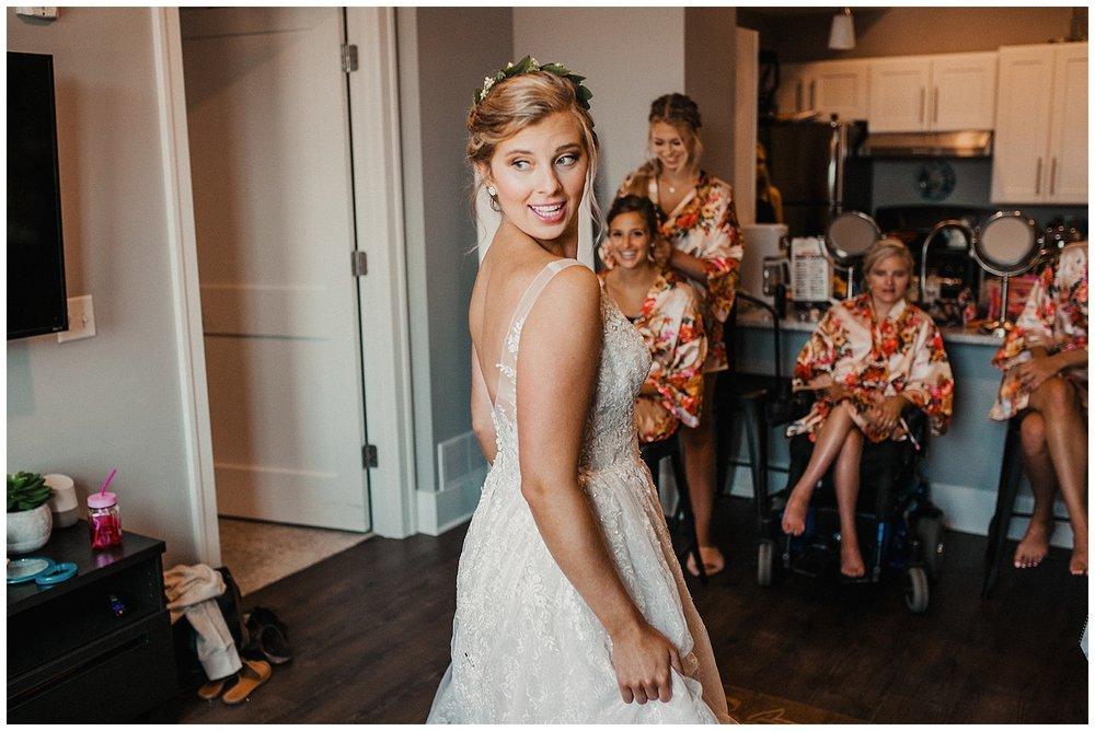 lindybeth photography - sievers wedding - hope college - boatwerks - blog-27.jpg