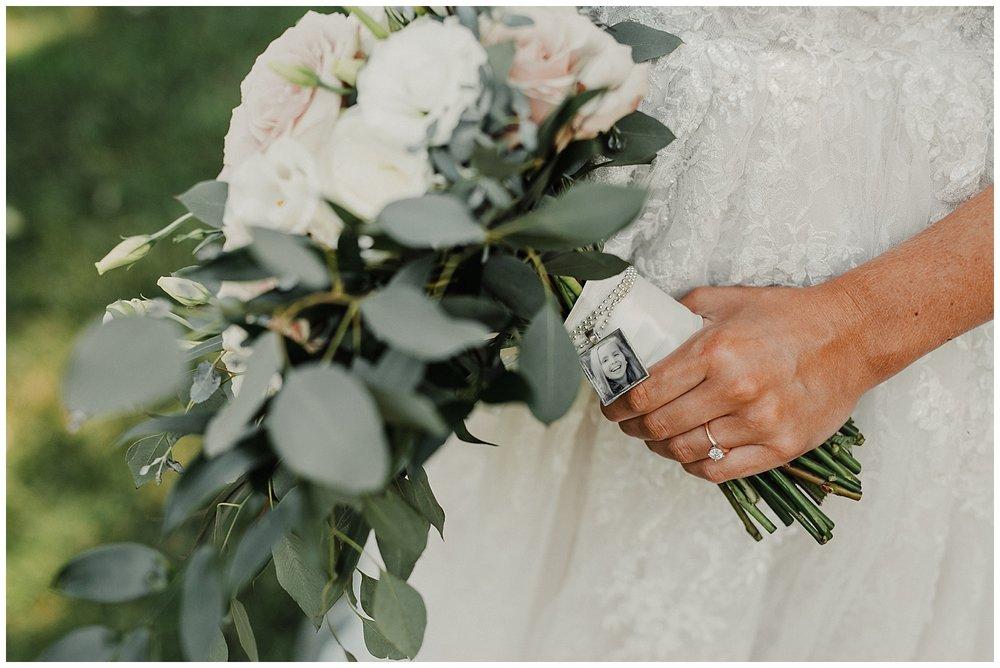 lindybeth photography - sievers wedding - hope college - boatwerks - blog-50.jpg