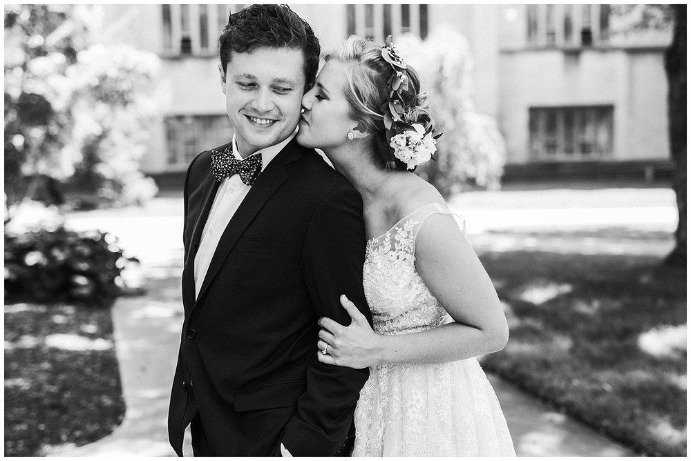 lindybeth photography - sievers wedding - hope college - boatwerks - blog-80.jpg
