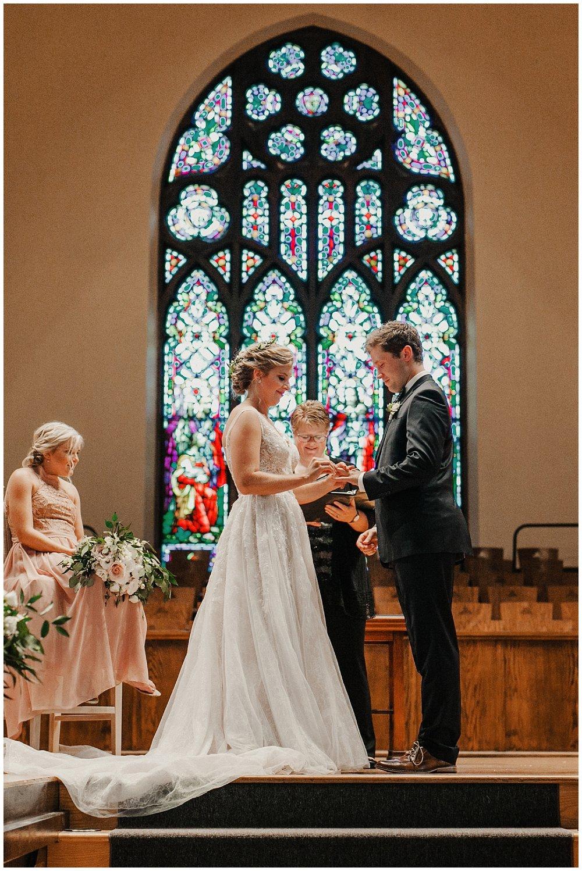 lindybeth photography - sievers wedding - hope college - boatwerks - blog-158.jpg