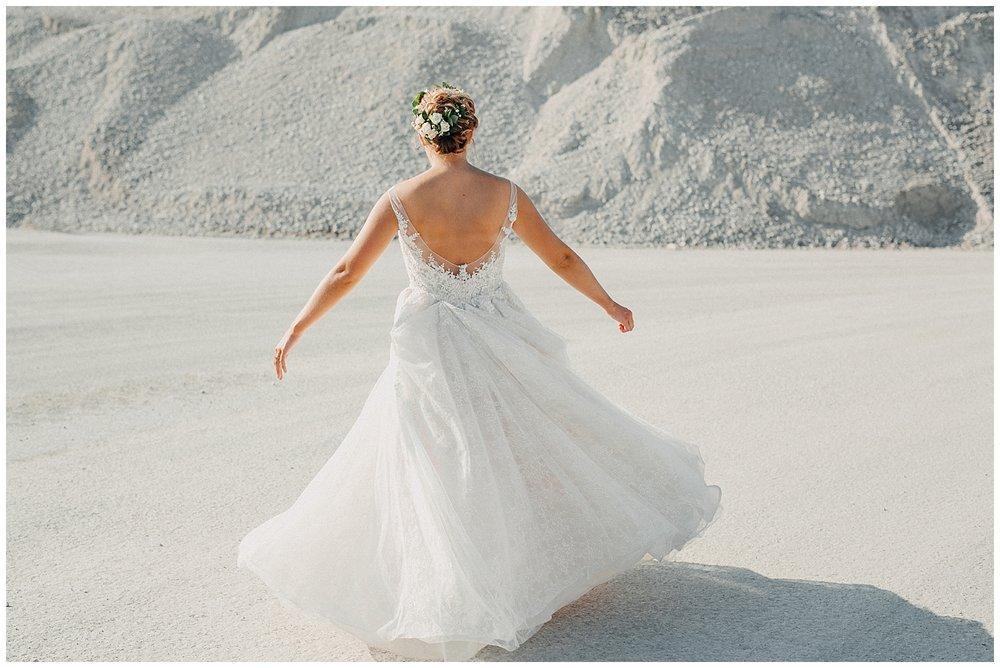 lindybeth photography - sievers wedding - hope college - boatwerks - blog-205.jpg