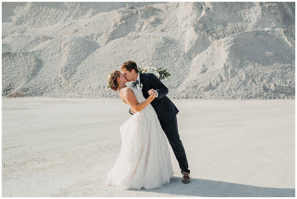 lindybeth photography - sievers wedding - hope college - boatwerks - blog-211.jpg