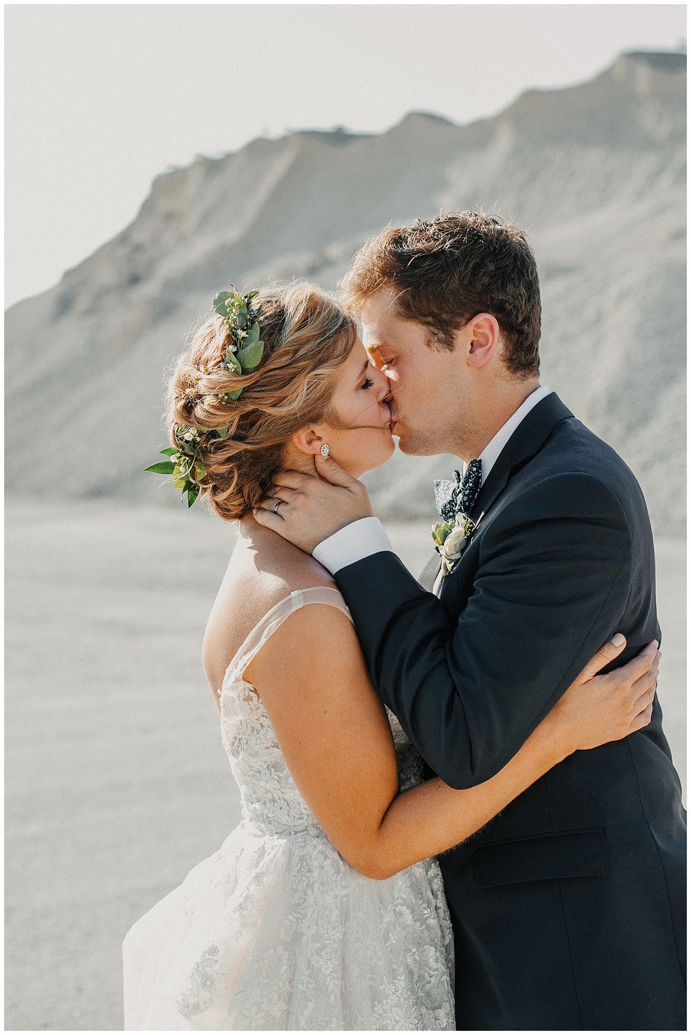 lindybeth photography - sievers wedding - hope college - boatwerks - blog-216.jpg