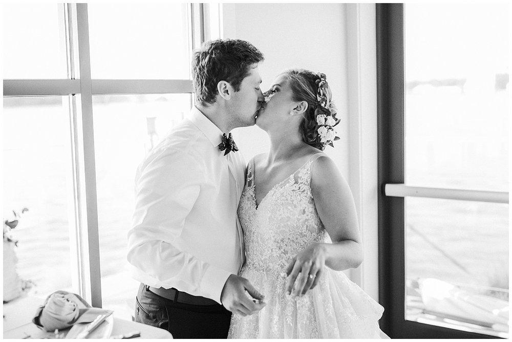lindybeth photography - sievers wedding - hope college - boatwerks - blog-247.jpg