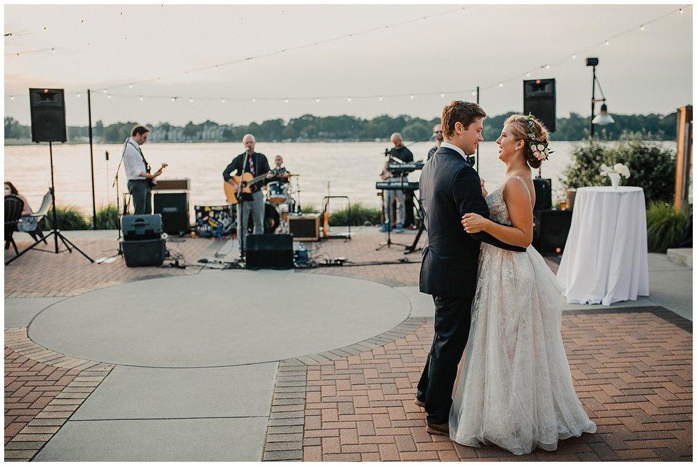 lindybeth photography - sievers wedding - hope college - boatwerks - blog-254.jpg