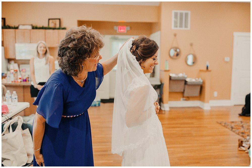 lindybeth photography - rodgers wedding - blog-26.jpg