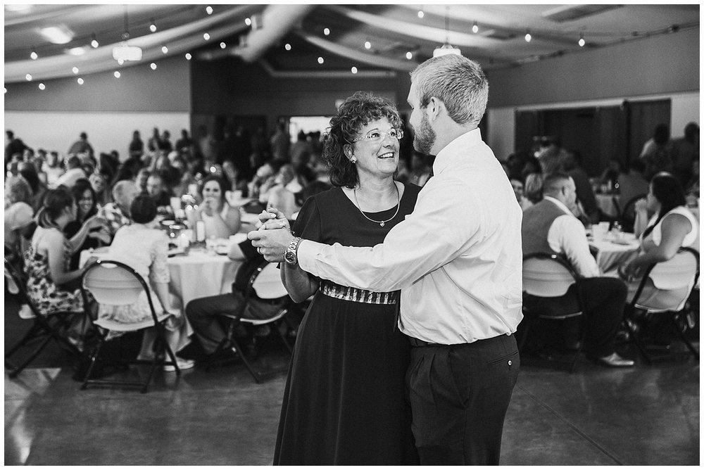 lindybeth photography - rodgers wedding - blog-223.jpg
