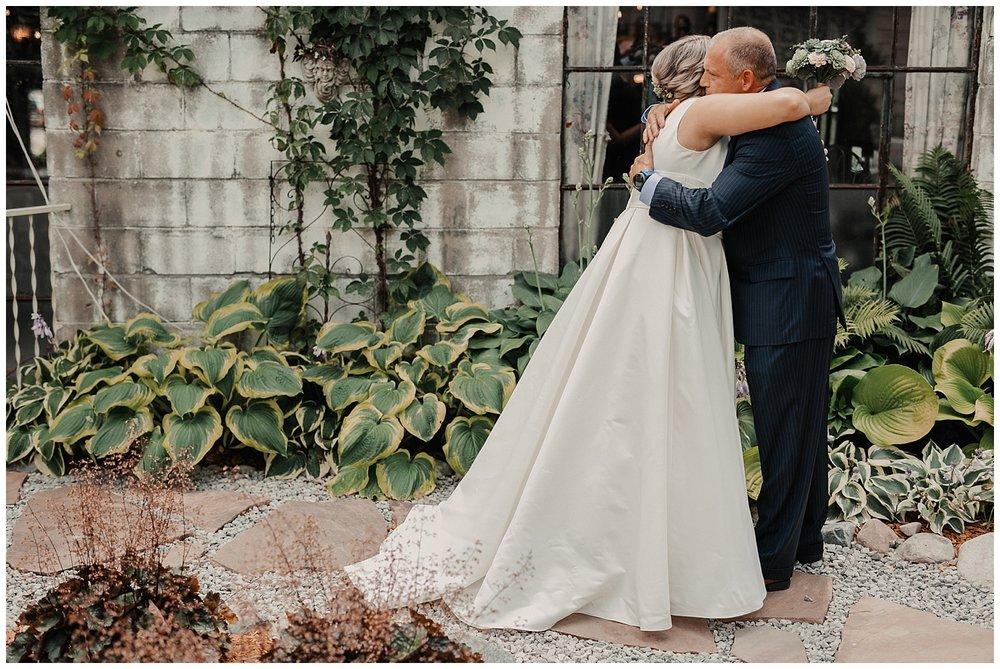 lindybeth photography - mckelvey wedding - sundance studios - blog-32.jpg